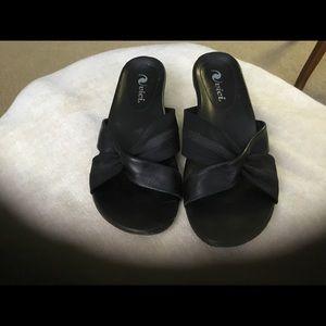 Vici Black Leather Shoes